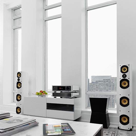 White and Gold Sound System